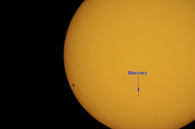 transit-of-mercury11-08-06